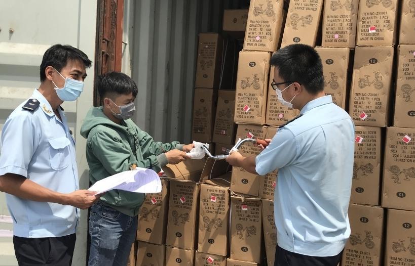 Hải quan TPHCM hướng dẫn nhiều vướng mắc EVFTA cho doanh nghiệp