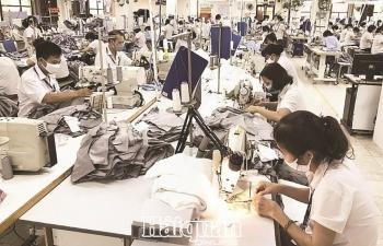 Triển khai nhiều biện pháp hỗ trợ  cho doanh nghiệp và người lao động