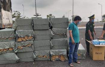Hải quan An Giang: Đã bàn giao gần 230.000 khẩu trang y tế phục vụ chống dịch