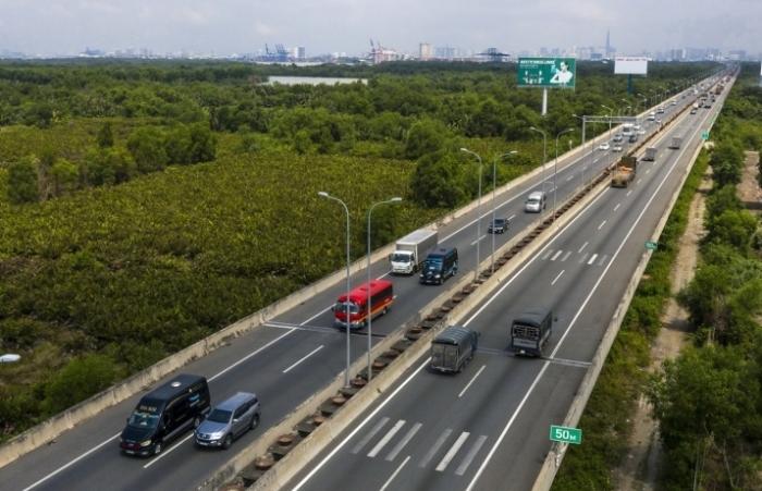 Thu phí sử dụng đường cao tốc do Nhà nước đầu tư:  Lợi ích thấy rõ