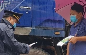Hoạt động xuất nhập khẩu qua Lao Bảo diễn ra bình thường