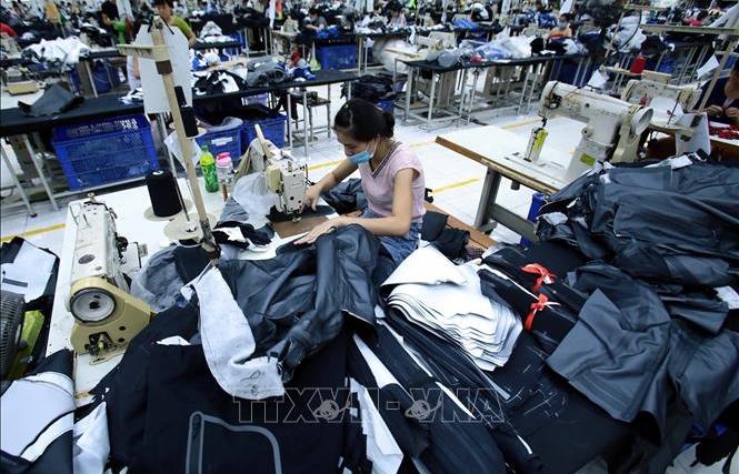 Giảm 30% thuế thu nhập cho doanh nghiệp có doanh thu năm 2021 không quá 200 tỷ đồng