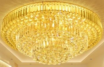 Viên thủy tinh dùng cho đèn chùm phù hợp phân loại vào nhóm 70.18